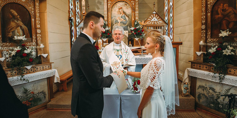Ślub w Ojcowie